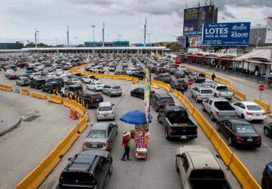 Coronavirus USA: cittadini messicani protestano al confine per non far accedere statunitensi in MESSICO per paura contagio